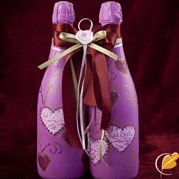 Фото связанных бутылок на свадьбе